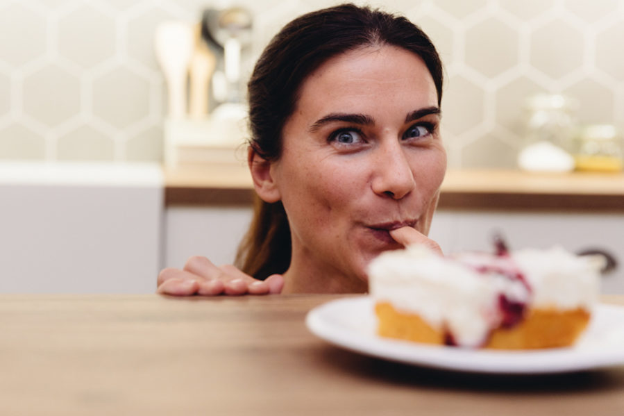 Nutrition|Weight Loss|Eating Psychology Woman_sweets__eating_kitchen_happy_001-e1539160523512 Uncategorized
